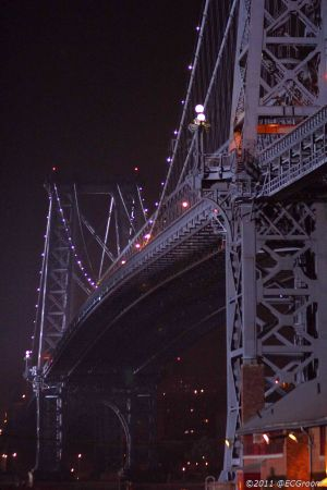 williamsburg bridge @ night